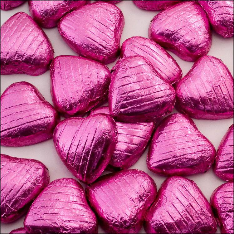 200 Pink Foil Wred Milk Chocolate Hearts